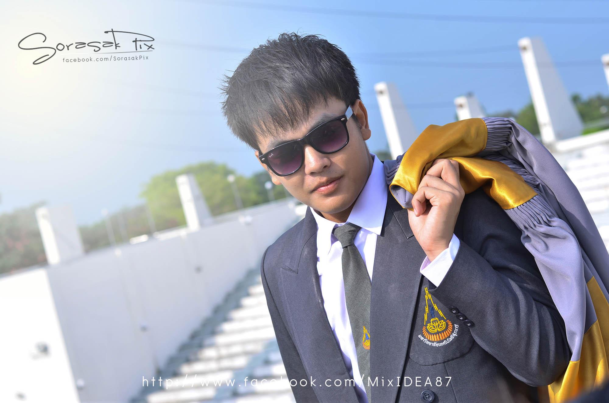 "Photo of บัณฑิต มทส ""ปีบทองช่อที่ 16""  Suranaree University of Technology 2012"